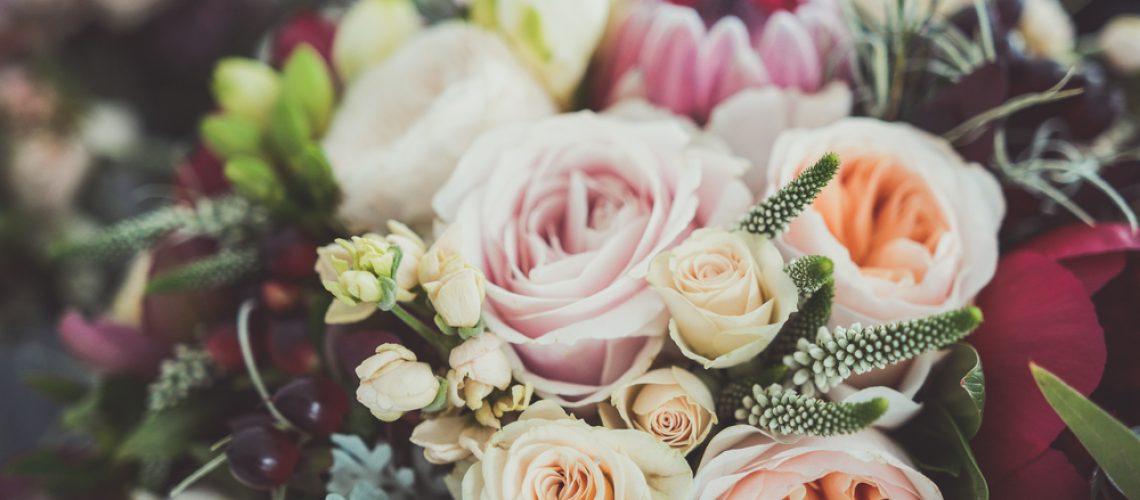 Offrir des fleurs à la Saint Valentin