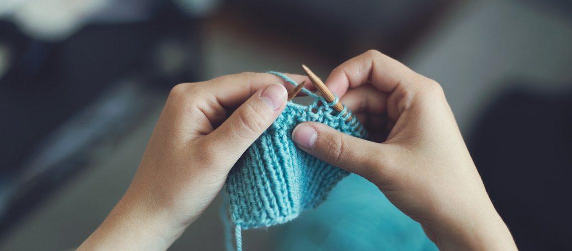 knit-869221_1920 (1)